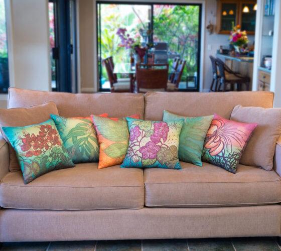 6 Pillows Interior