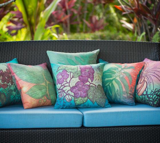 6 Pillows Porch